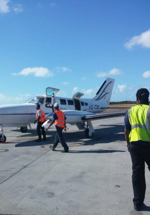 The Caicos Express Cesna (superb pilots all)
