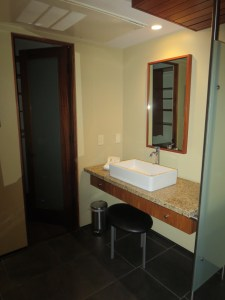 The sink/closet alcove in 12