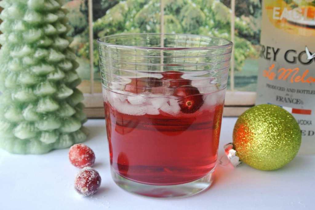 Cranberry Melon Vodka Tonic Cocktail made with Grey Goose Melon Vodka