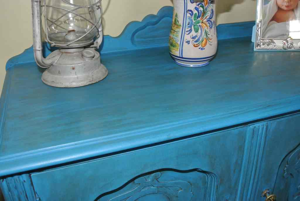 DIY Chalk Paint Entryway Table Makeover using Folk Art Paint- Provencal