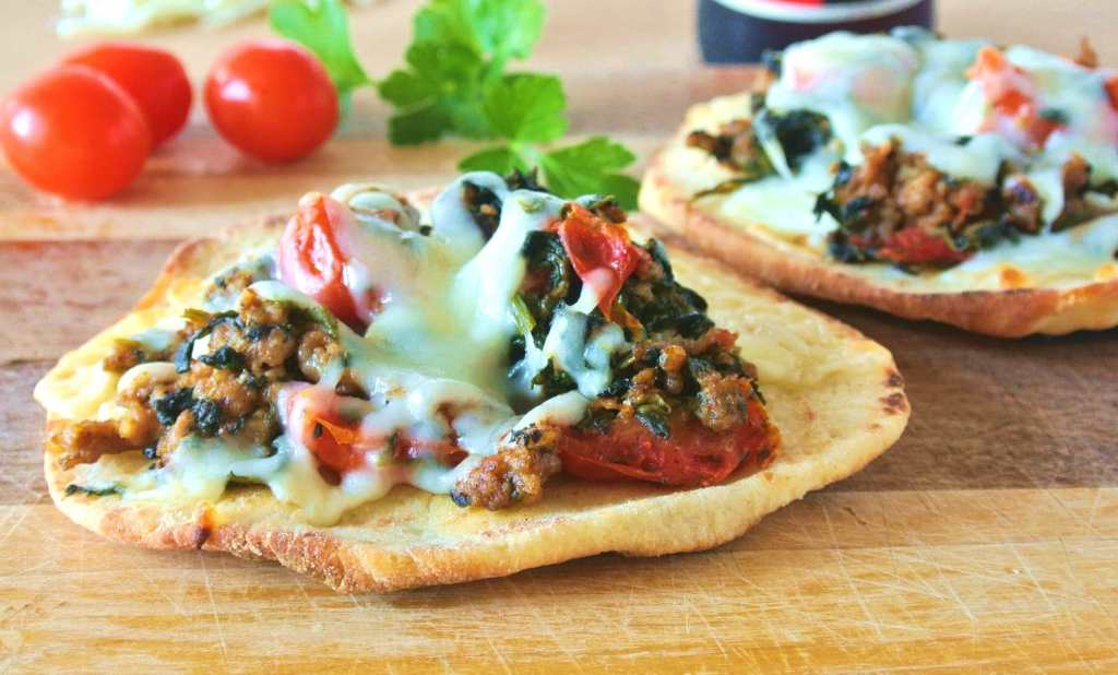 Fast Italian Sausage and Spinach Mini Pizza