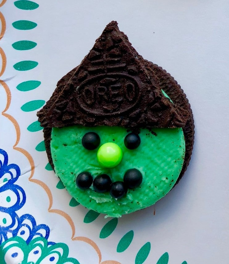 Halloween Green Witch Oreo Cookie