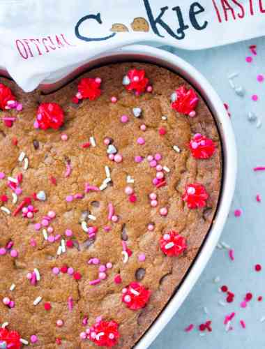 How to Make Heart Shaped Chocolate Chip Cookie