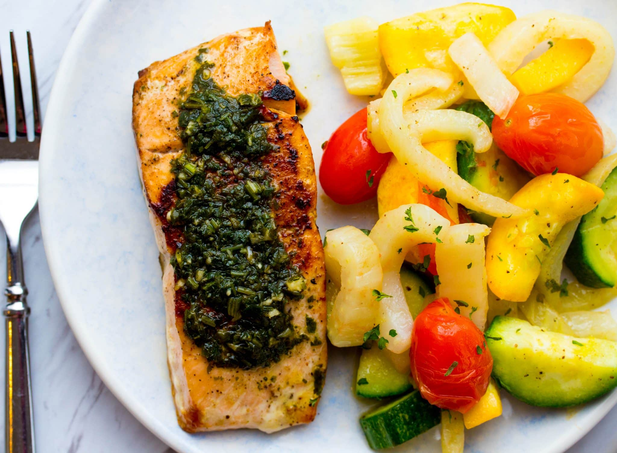 Sun Basket Review Seared Salmon with chimichurri and Provencal vegetables