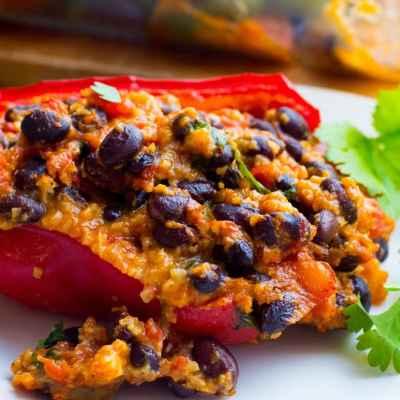 Easy Vegetarian Stuffed Peppers
