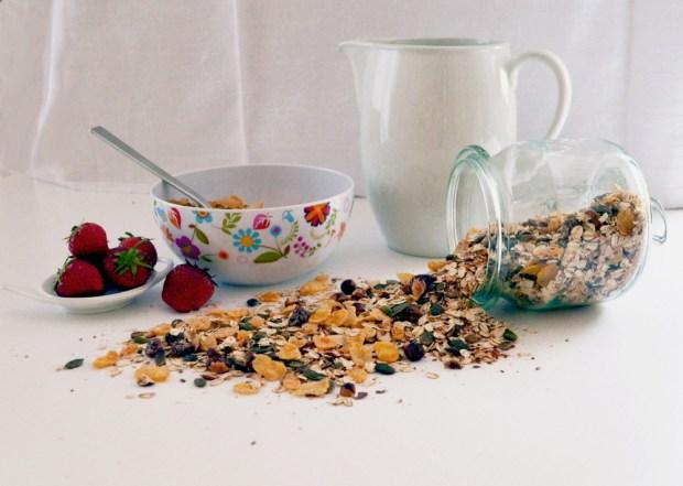 Frühstück mit selbst gemachtem Müsli
