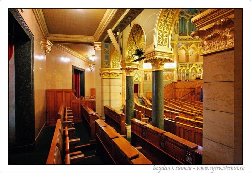 hungarian-parliament-building 05