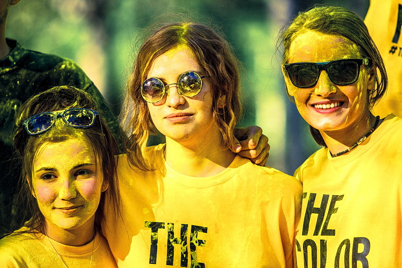 The Color Run  Bucharest 2014 -Yellow1