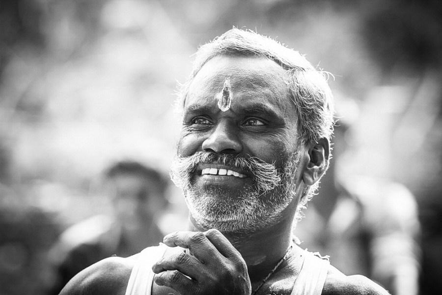 tamil-hindu-priest