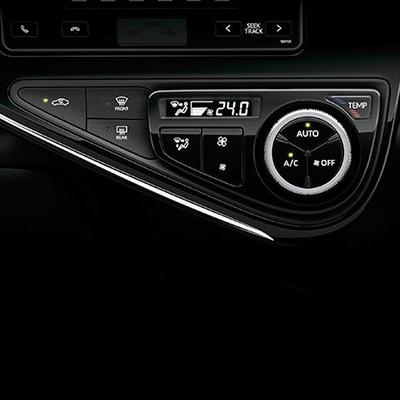 Climatizador   Aire acondicionado con climatizador automático, regula el sistema para mantener una temperatura pre establecida.