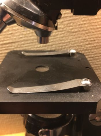 Mikroskop-03-Klipsholder
