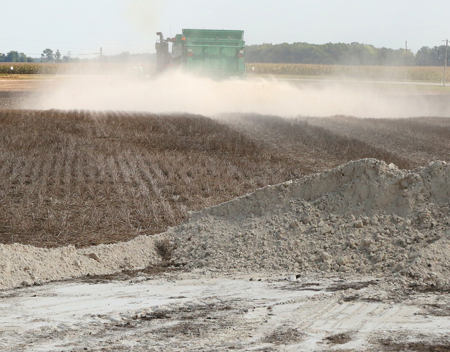 soil amendment spreading - norcal ag service - serving northern and central california