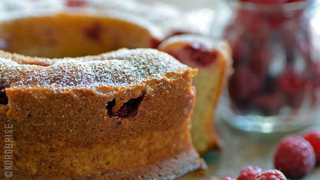 05_banana_raspberry_cake
