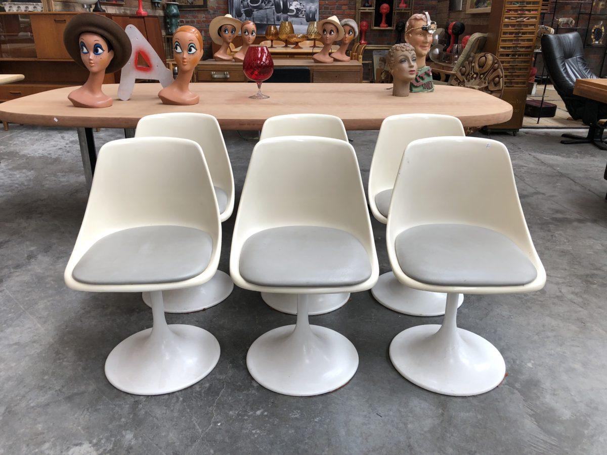suite de 6 chaises annees 70 nord factory