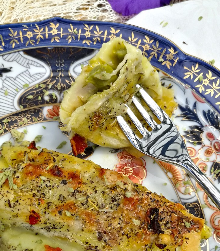 Fresh pesto cannelloni and dried tomatoes