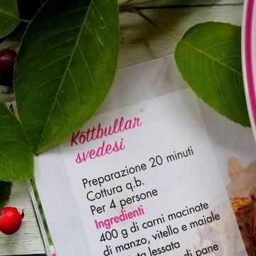 Kottbullar-svedesi-con-waffles