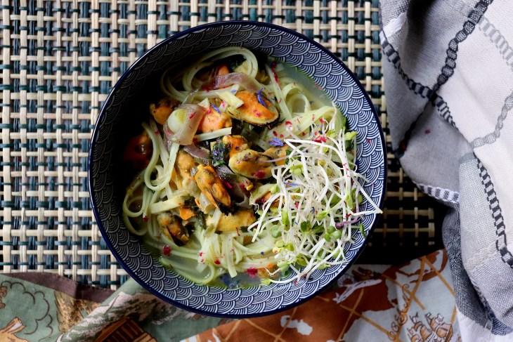 noodles-con-cozze-daikon-e-arance
