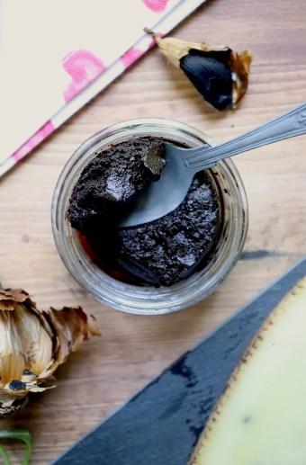 crema-aglio-nero-voghiera