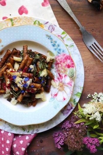 pasta-senza-glutine-con-aglio-nero