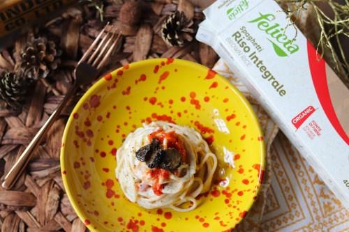 ricetta pasta di riso felicia con radici e tartufo