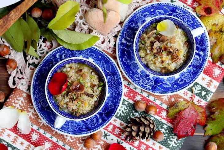 zuppa multicereali con funghi
