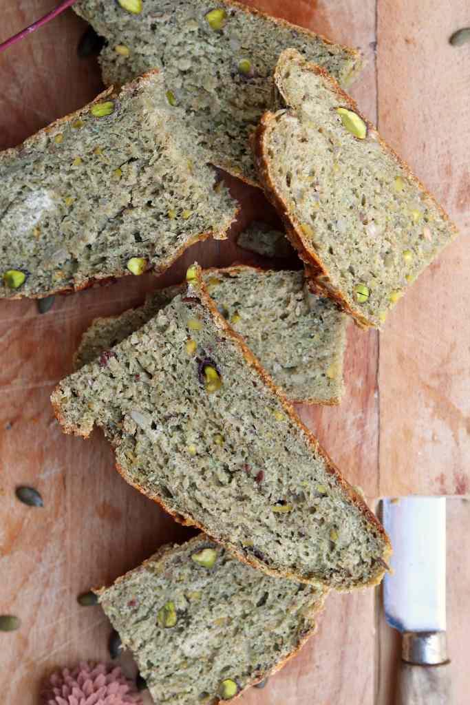 pane al pistacchio con farina antiqua
