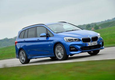 """BMW gewinnt vier Preise beim """"Car Connectivity Award"""" und """"autonis 2018"""""""