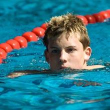 Schwimmer-im-Stadtbad-Mitte-KS