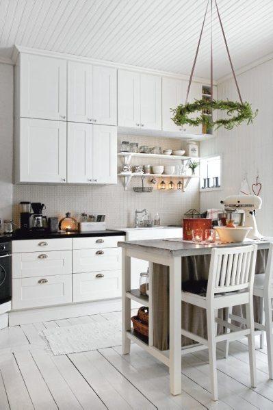 scandinavian white kitchen Romantic Christmas in White | Nordic Bliss