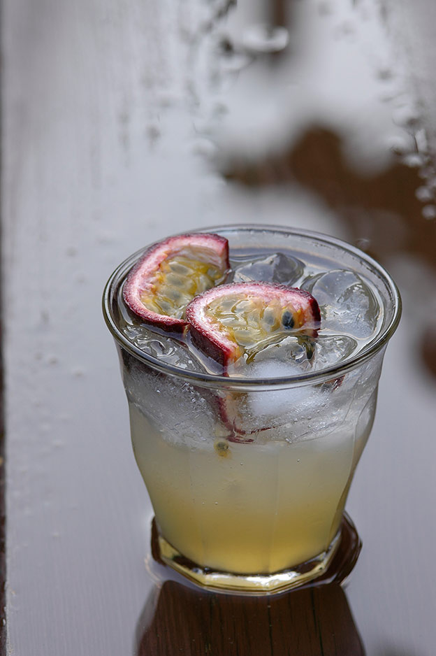 Ginger lemonade with passion fruit