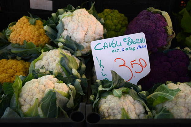 Cavolfiore, cauliflower in different colours
