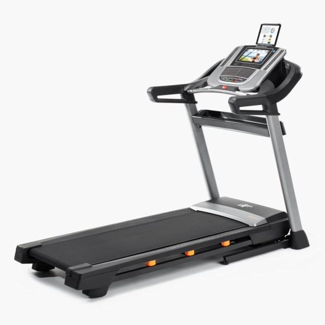 nordictrack 1650 vs 990 treadmill