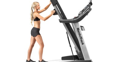 do nordictrack treadmills fold up