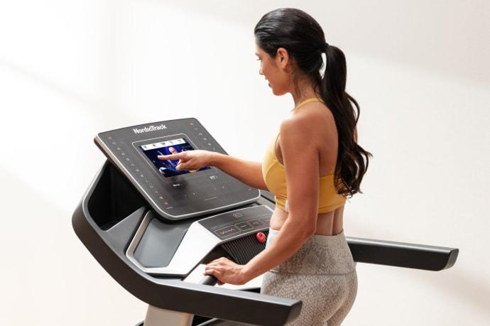Nordictrack EXP 10i treadmill vs Sole F80