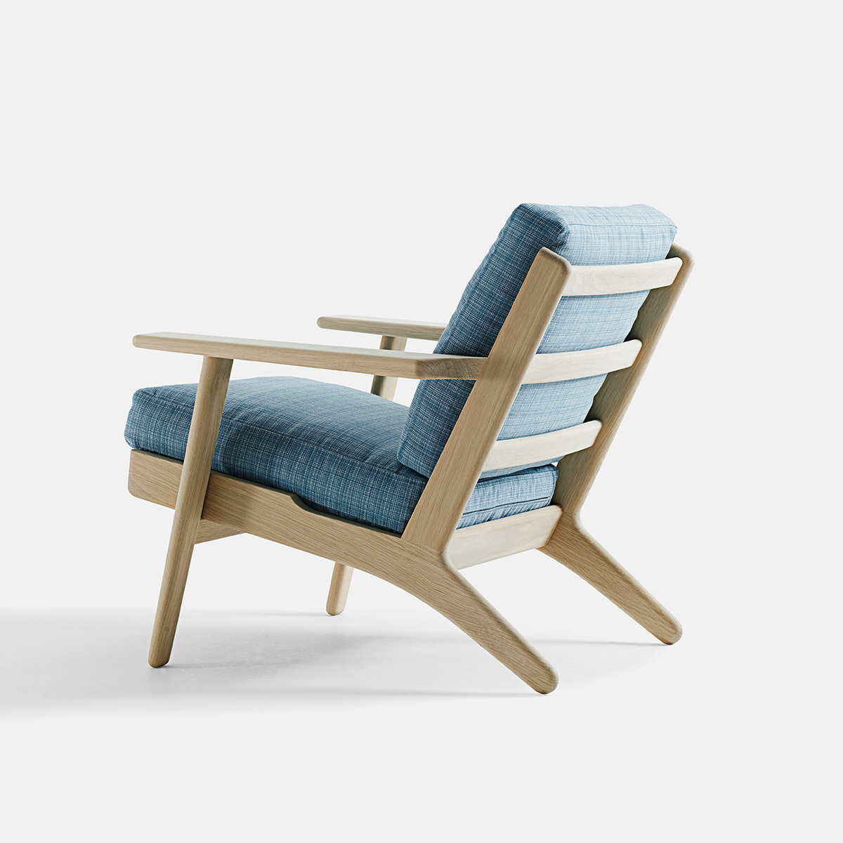 Getama 290 Classic Easy Chair Wegner available online