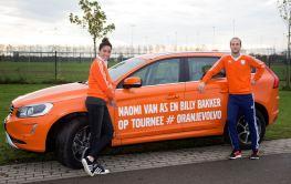 Naomi van As und Billy Bakker in #OranjeVolvo