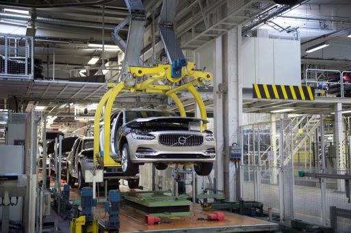 Start of production of new Volvo V90 premium estate