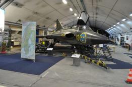 Saab Flugzeuge überall...