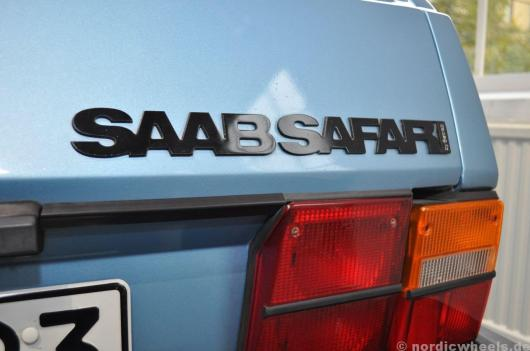 """by Setrab"". Typenschild des 900 Safari"