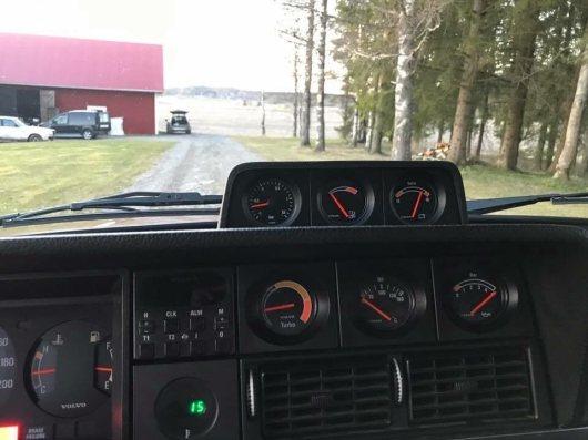 Einfach schön. Die Turbo Anzeige im Stil der 80er Jahre. Bild: Tradera