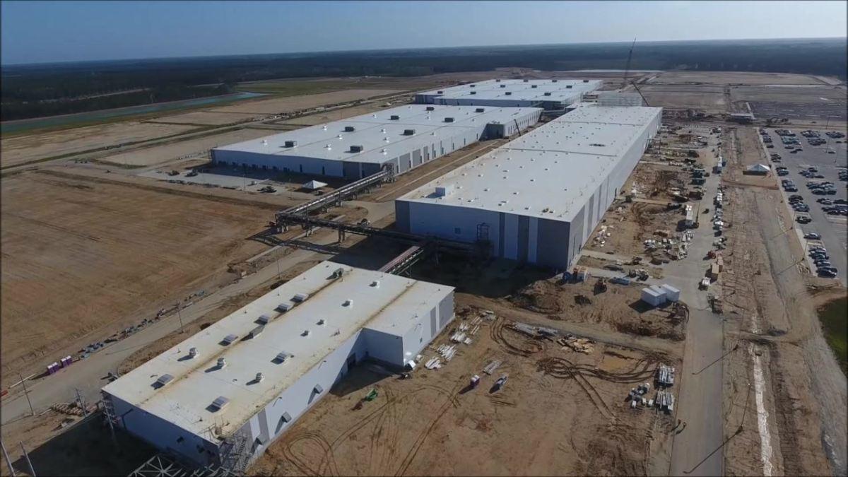 Volvo US Werk. Kapazität verdoppelt - vor der Eröffnung!