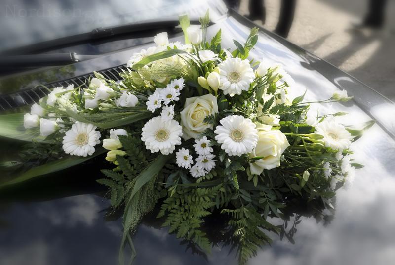 Blumenschmuck Fur Auto Hochzeit