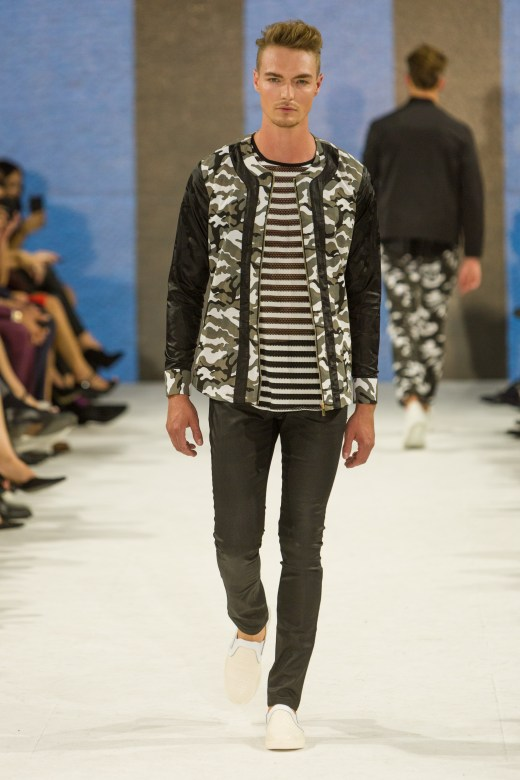 shayne-gray-TOM-aug-20-runway-Dalla-0946