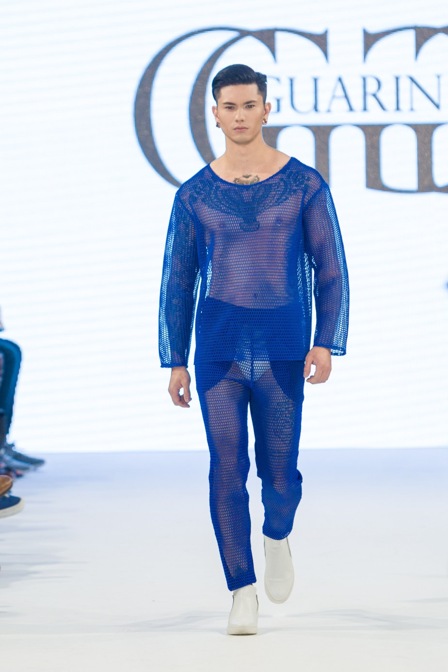 shayne-gray-TOM-aug-20-runway-Guarin-9441