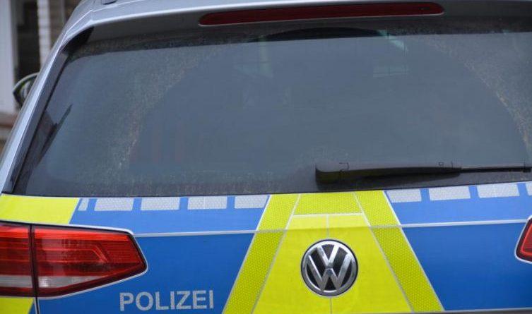 Polizei1 Foto: Marco Schlösser