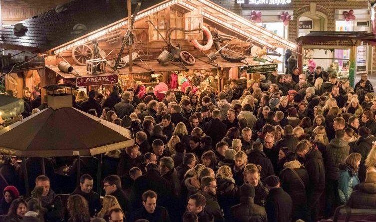 Bitburger After-Work-Party auf dem Meppener Weihnachtsmarkt - Drei DJs sorgen für Partystimmung Foto: Stadt Meppen