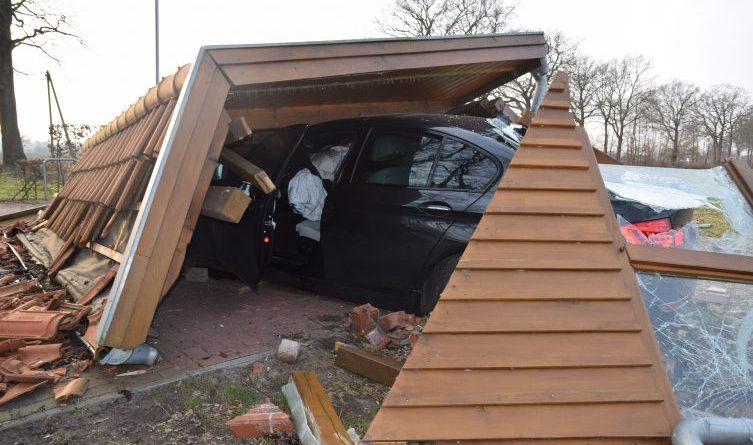 Osterwald - Spektakulärer Unfall mit glimpflichem Ausgang Foto: Presseportal.de