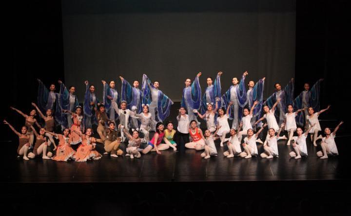 Schulaufführungen: Benin und Japan - 15. Welt-Kindertheater-Fest Foto: WADA Asako Dancing Company
