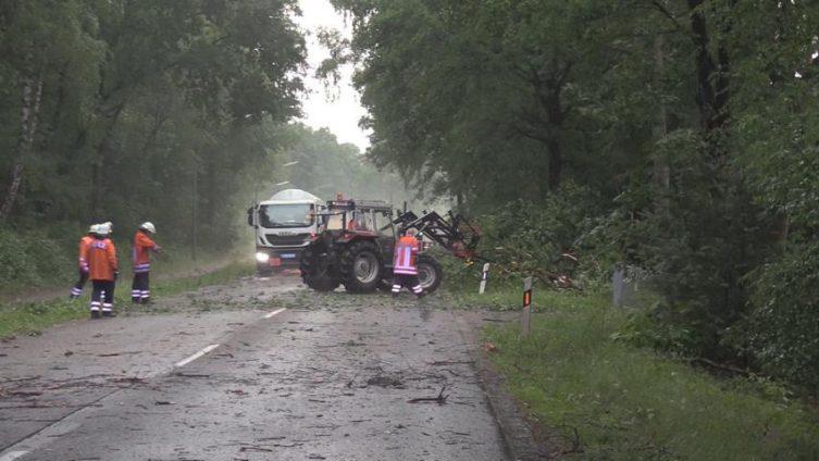 Unwetter in Lingen - Die Feuerwehr im Dauereinsatz Foto: NordNews.de