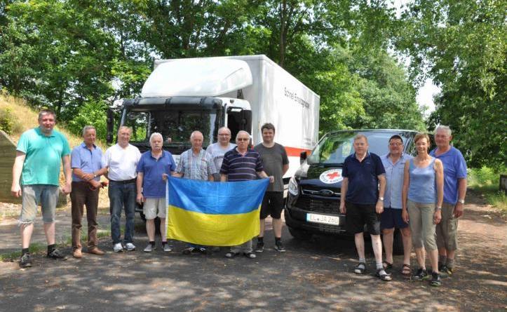 """38. Hilfsgütertransport des """"Freundeskreises der Ukrainefahrer"""" - Über zehn Tonnen Hilfsgüter für die Ukraine Foto: Stadt Lingen"""